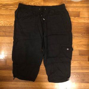 Black Cargo Capri Pants Size 18/20